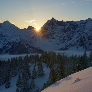Sonnenuntergang_Surenen_Huenderegg.jpg