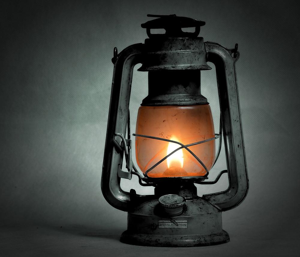 iluminação antiga a gás