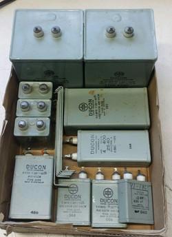 Oil capacitors