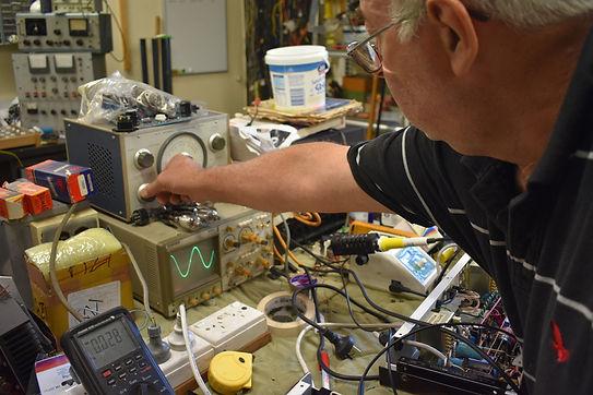 Amplifier square wave test