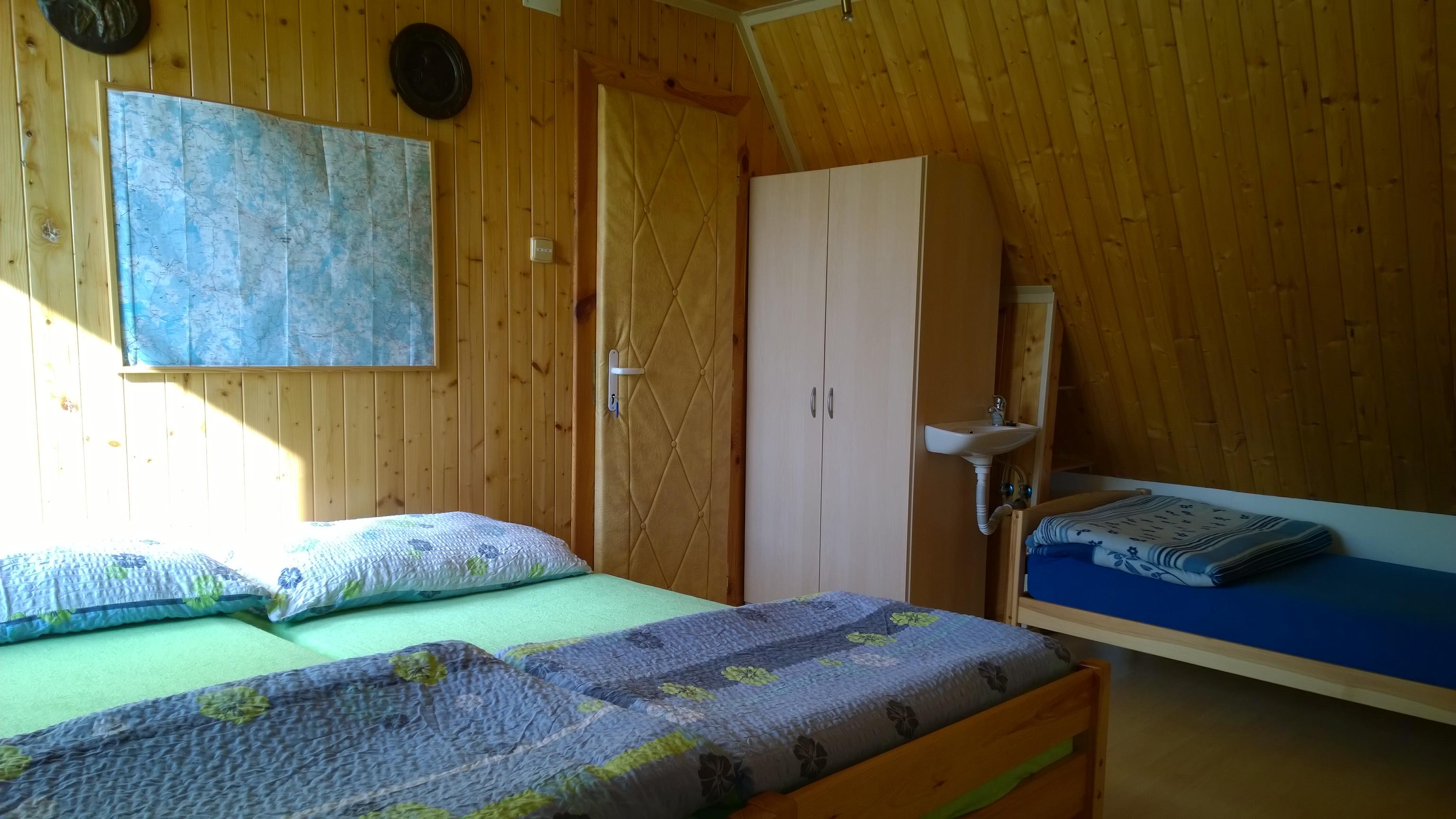 ap. C větší ložnice, vstup od ap