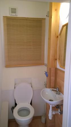 ap. B záchod