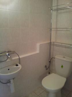ap._E_záchod_a_sprcha