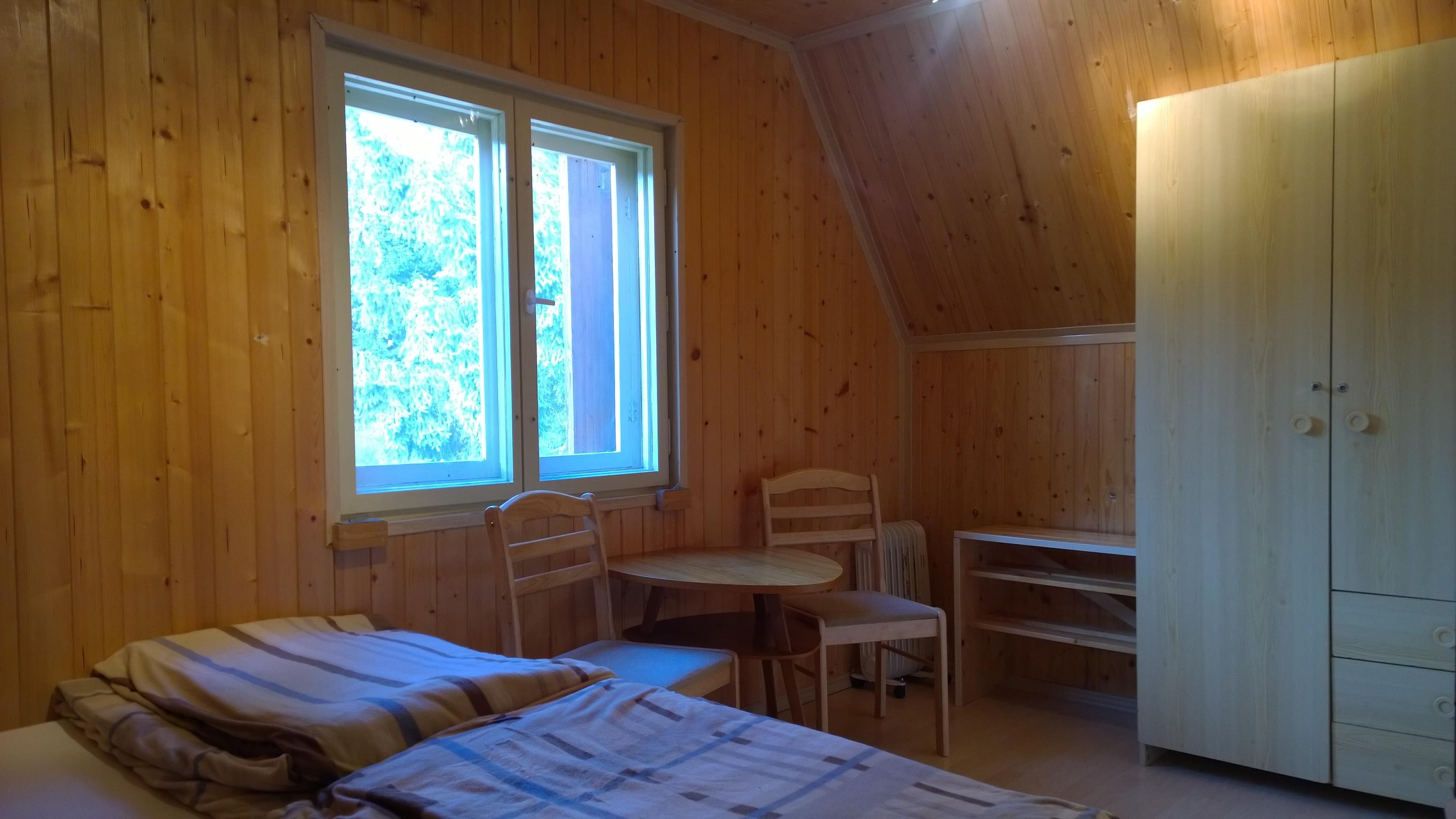 ap. C menší ložnice s posezením