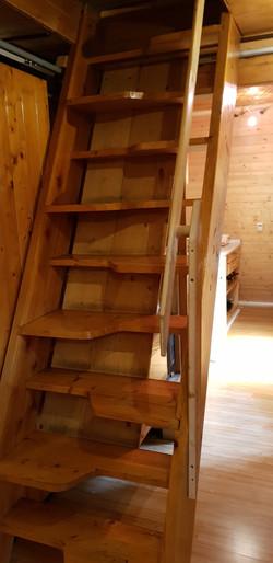 mlynářské schody do 1. patra