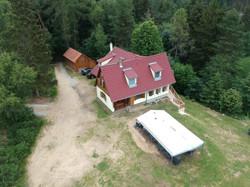 Lesní vila a vedlejší budova