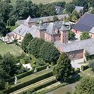 Château de Petit-Leez vue aérienne du château