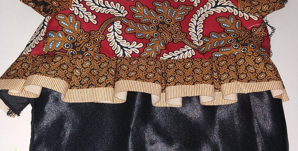 Red and Brown Batik Size M (Gold Skirt)