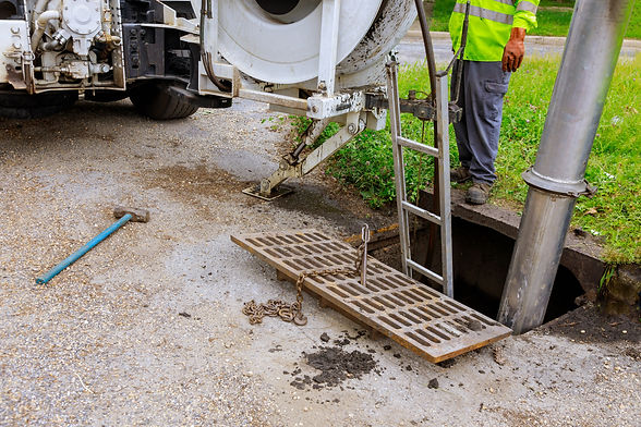 sewage-industrial-cleaning-truck-clean-b