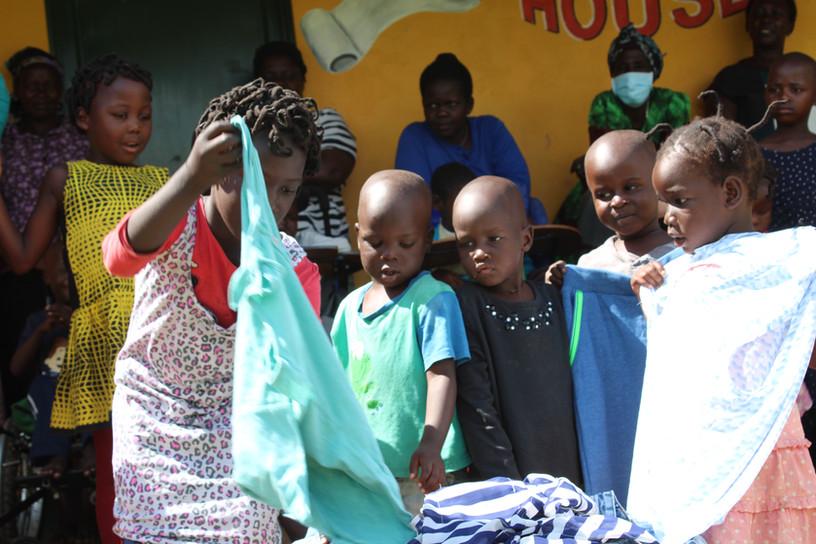 Cloth distribution