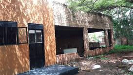 Il nostro ufficio e il centro giovanile nella città in giugno 2019 quando cominciammo
