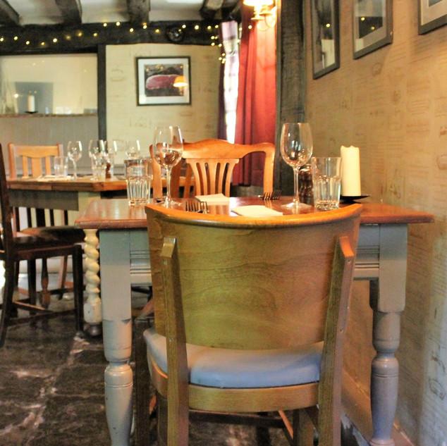 Kent Waiter Jobs | Apron Recruit
