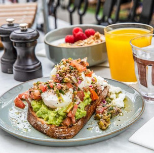 Breakfast chef jobs London
