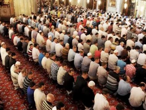 Diyanet İşleri'nden 'teravih namazı' kararı | Evde mi camide mi kılınacak?