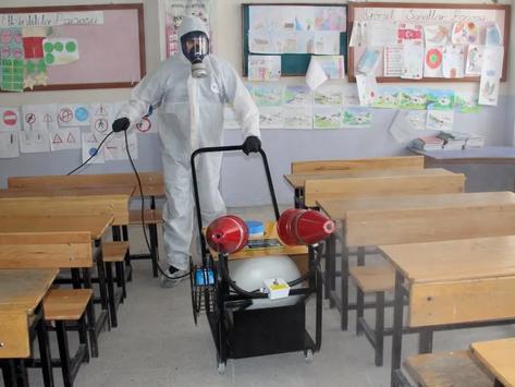 Hayrabolu Belediyesi okulları dezenfekte etti
