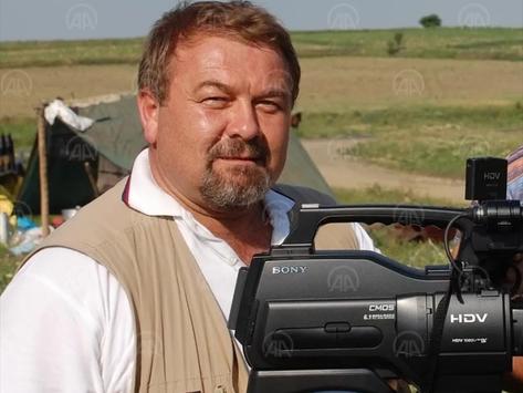 Tekirdağlı gazeteci Alper Eral, Covid-19 sebebiyle yaşamını yitirdi