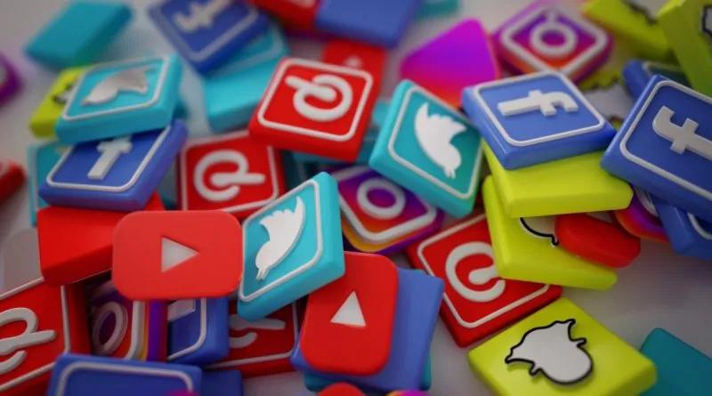 sosyal medya uygulama ikonları