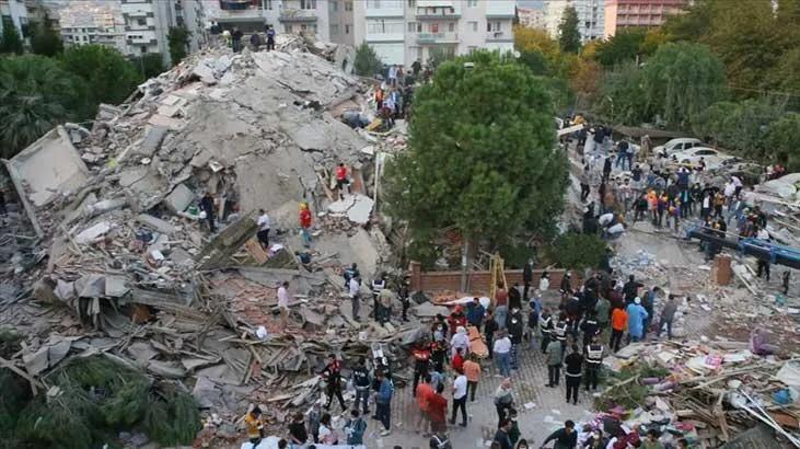 İzmir'e korkutan uyarı| 'Hareketlilik devam ediyor, daha büyük deprem gelebilir'