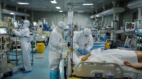 yoğun bakım covid hastaları