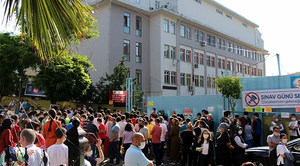 okul önü kalabalığı