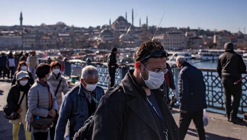 ıstanbul-maskeli-insanlar