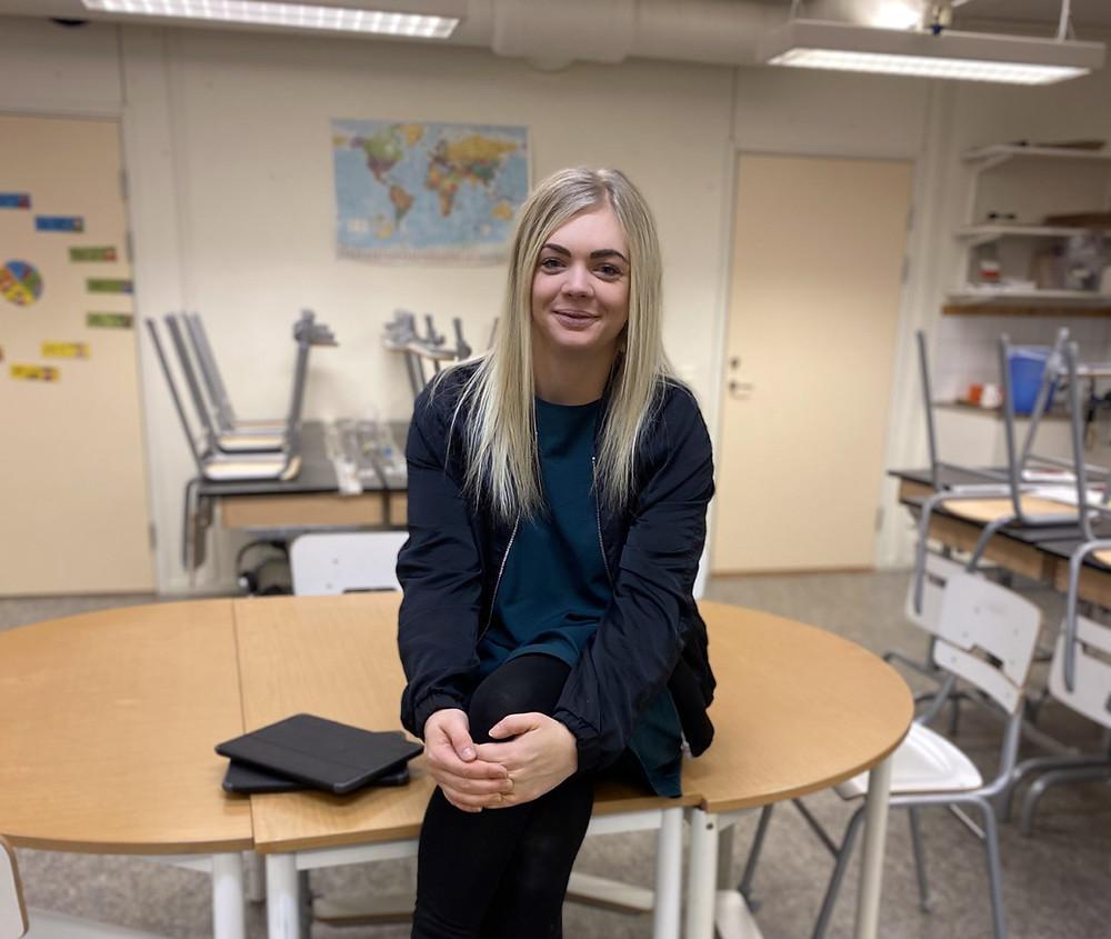 Erika Svensson i hennes klassrum
