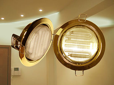 Потолочные светильники и лампы