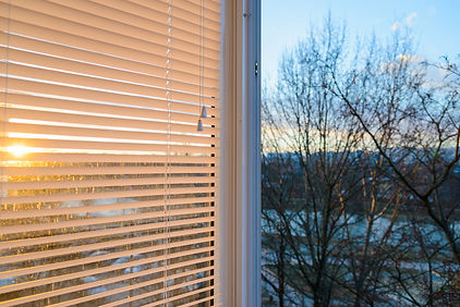 Продажа и установка жалюзи горизонтальных и вертикальных в Кашине, Калязине, Кесовой Горе, гарантийное обслуживание жалюзи для пластиковых окон