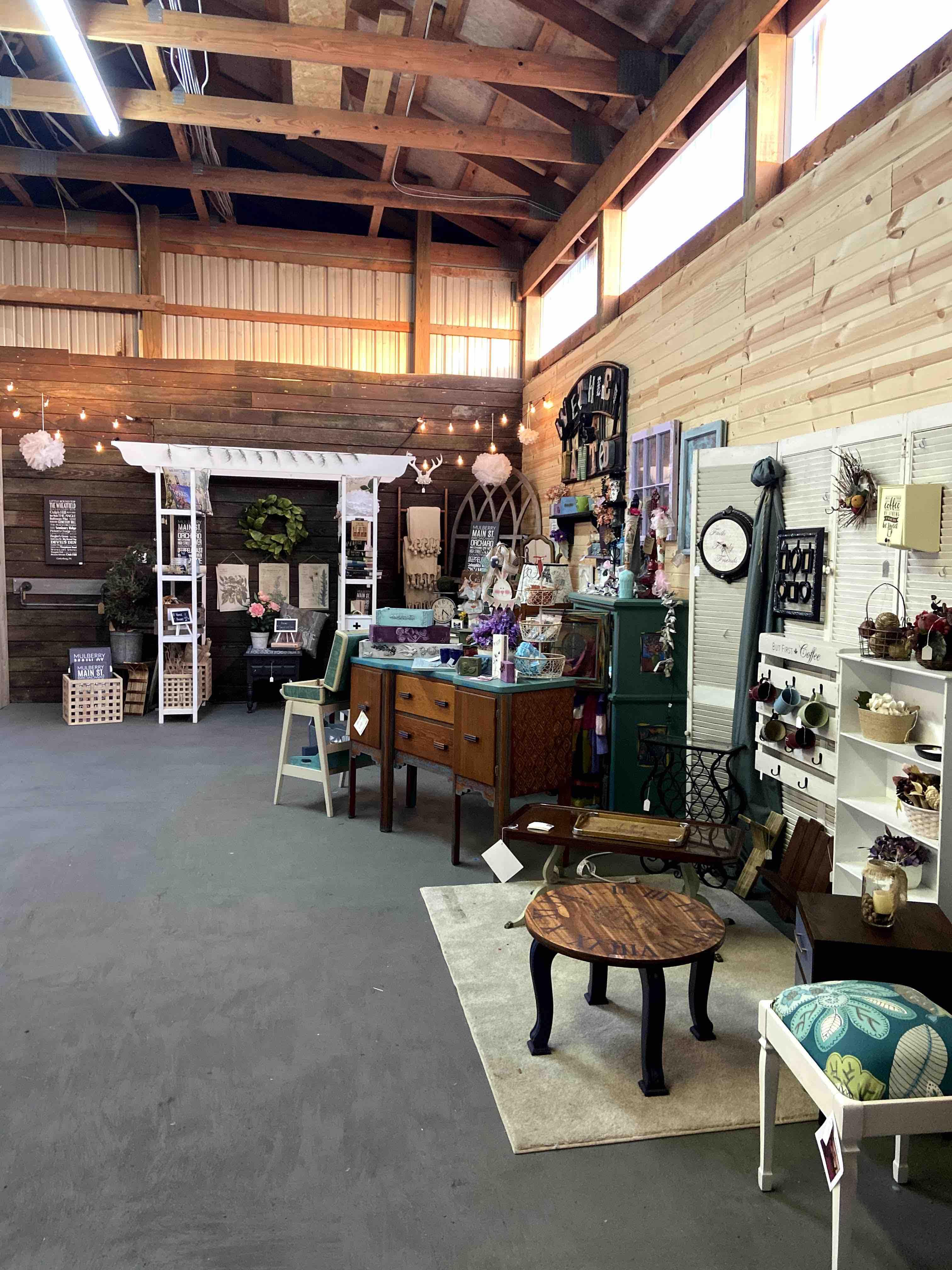 Market 640 Barn Market 2