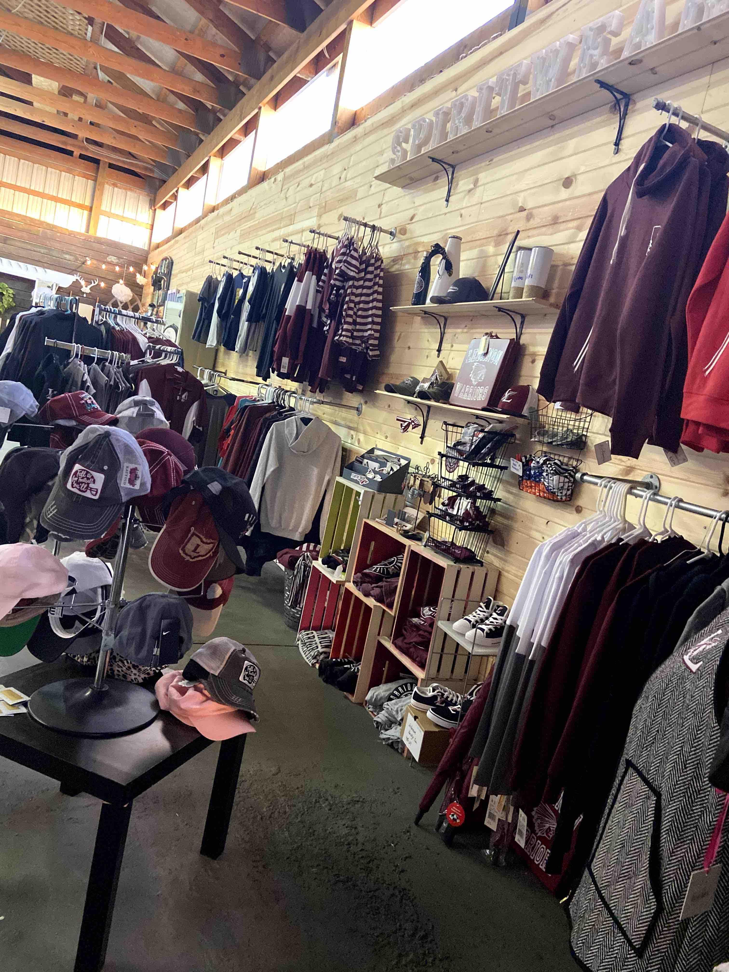 Market 640 Barn Market 1