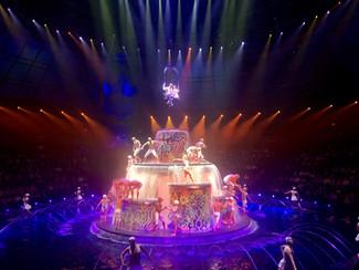 Las Vegas Le Reve show: a wonderful and surreal fantasy world