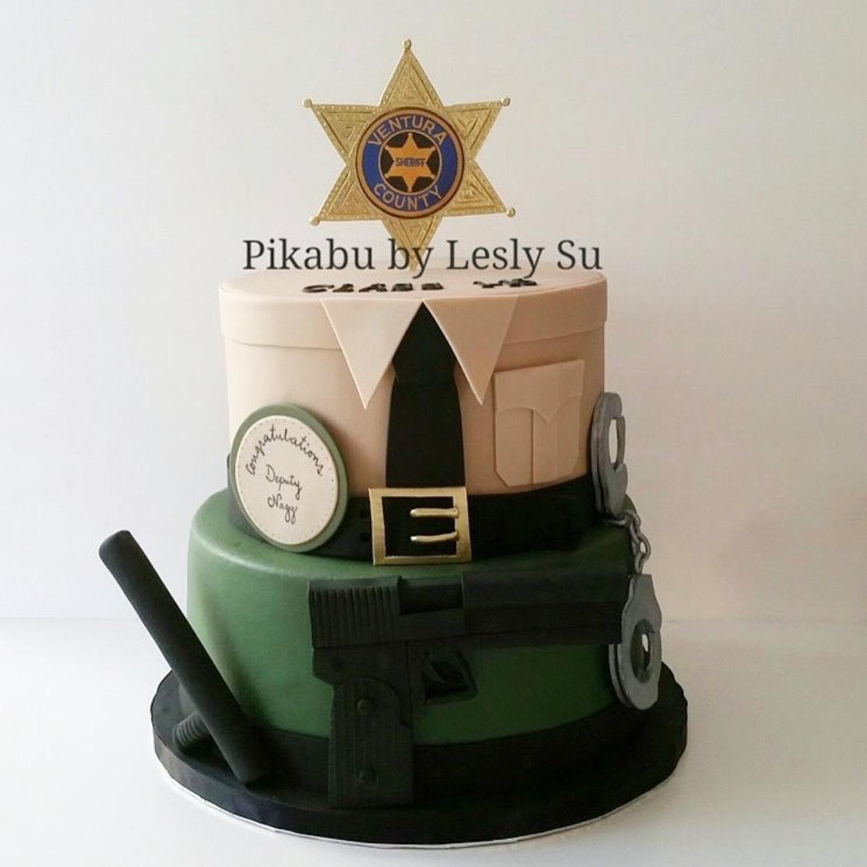 Place Academy graduation Cake