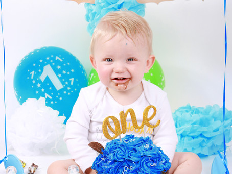 Noah's Cake Smash Photo Shoot- St. Helens, Merseyside