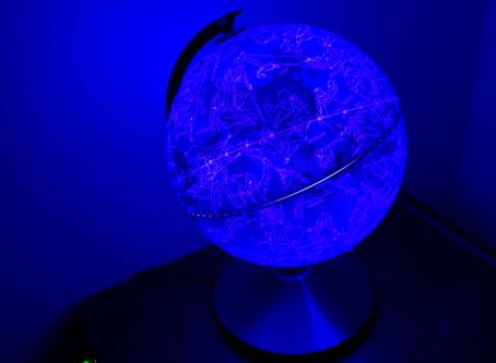 Le globe jour et nuit de Buki