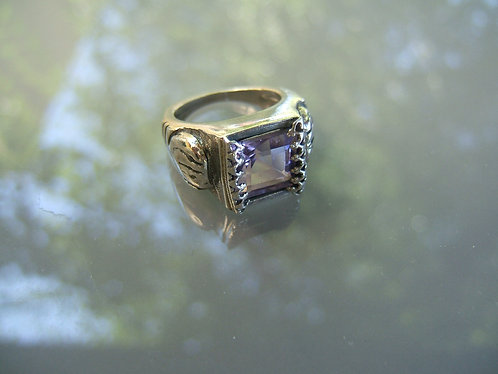 Square Amethyst gamstone silver ring