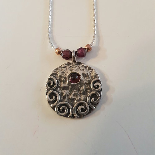 925 silver hammered pendant,  Rond silver  necklace, 925 silver round pendant