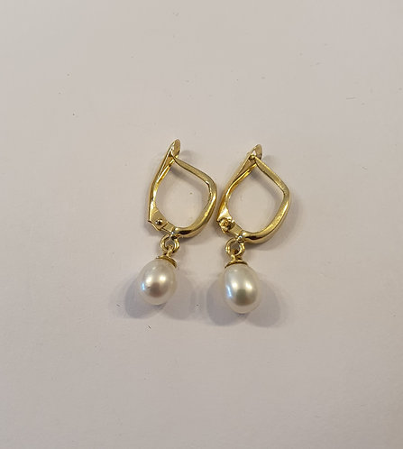 Gold 14k earrings ,Pearl earrings ,Gold pearl earrings
