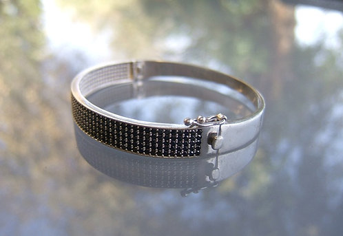 Silver bracelet with tiny black inlay Zircons