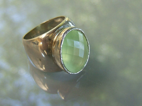 Paridot gamstone ring