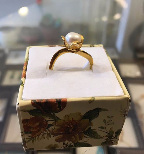 Pearl ring ,Gold-filled  ring  ,White  ring