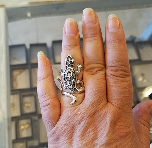 Gecko silver ring, Lizard ring, Handmade designed ring, Silver 925 sterling