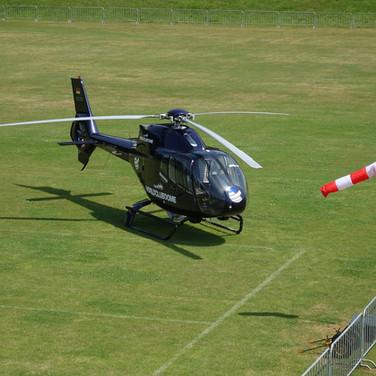 Hubschrauber-Windsack-Stadion.JPG