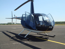 Robinson-Helicopter-R44-0010.JPG