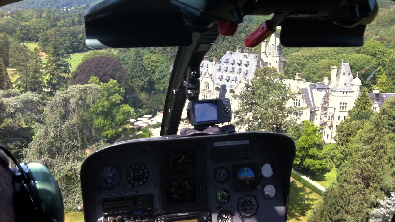 Schlosshotel Kronberg aus dem Cockpit