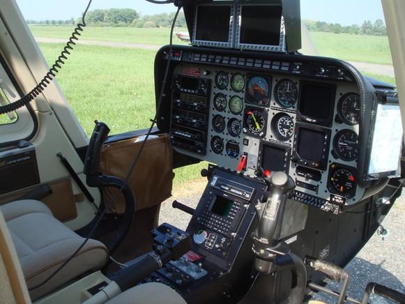 Hubschrauber-Bell206-0014.JPG