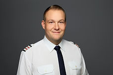 Jonas Scheld Flight Engineer B1.jpg