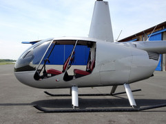 Robinson-Helicopter-R44-0018.JPG