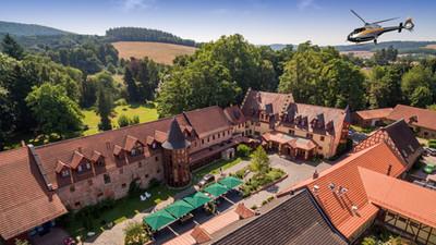 Schlosshotel-Weyberhöfe-Hubschrauber