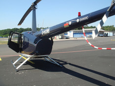 Robinson-Helicopter-R44-0011.JPG