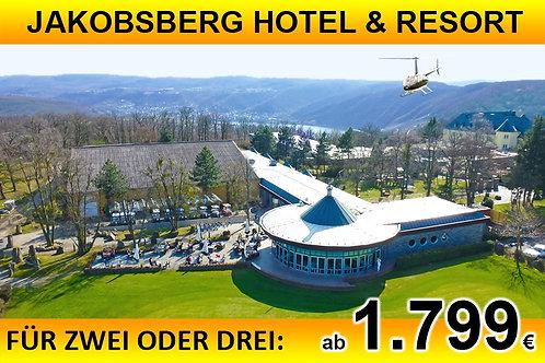 Flug zum Jakobsberg Hotel & Resort für bis zu DREI Passagiere